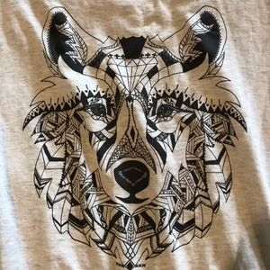 Divided Tops - Wolf tee